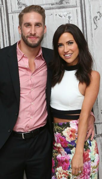 kaitlyn-bristowe-and-shawn-booth-made-a-1k-bet-with-jimmy-kimmel-last-year-and-they-won-5