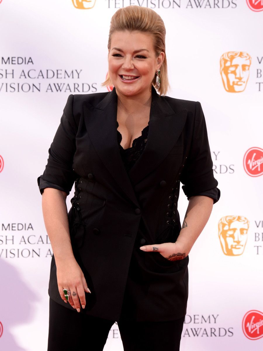 pregnant-sheridan-smith-leaves-fans-stunned-with-epic-hair-transformation